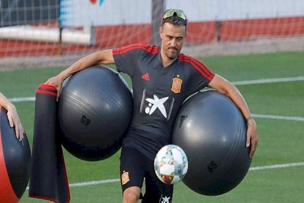 مقررات جدید انریکه برای تیم ملی اسپانیا