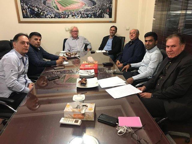 جلسه کمیته فنی استقلال با حضور شفر