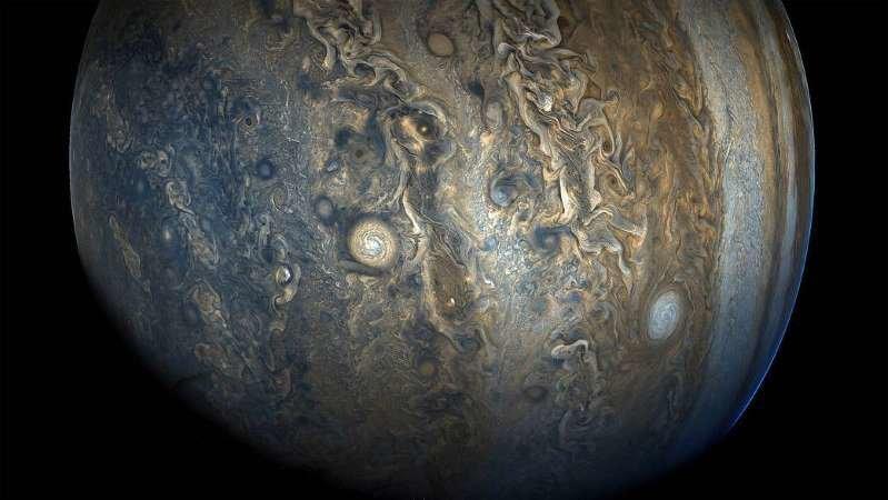 سیاره زیبای مشتری را از این زاویه ببینید