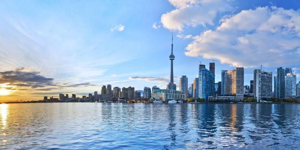مراقب باشید این فیلم، شما را در تورنتو کانادا غرق نکند!