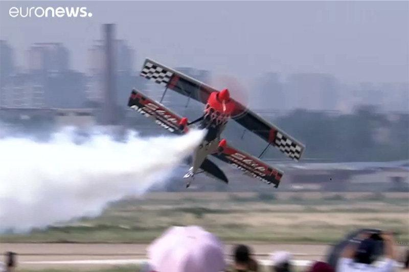 فیلم ، مسابقه ماشین و هواپیما در جشنواره هوایی چین
