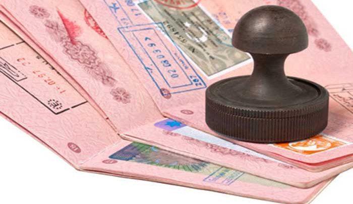 کوشش برای لغو ویزای گردشگران چینی و عمانی