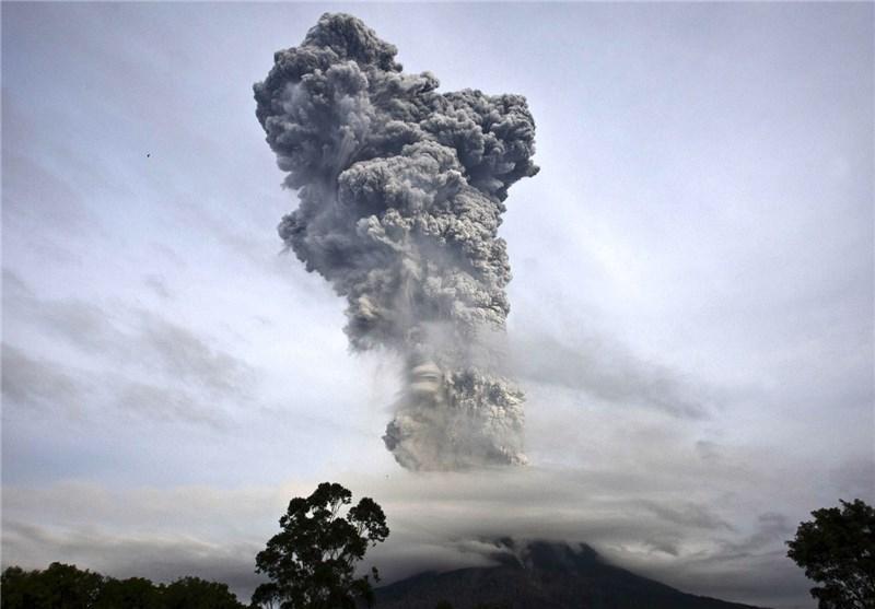 آتشفشان اندونزی جان 15 نفر را گرفت
