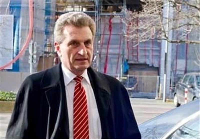 کمیسر اروپایی: امیدوارم شورشی دموکراتیک علیه جانسون شکل گیرد