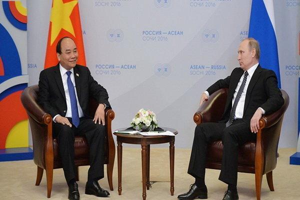 تمایل روسیه و ویتنام برای مراودات تجاری با ارزهای ملی دو کشور
