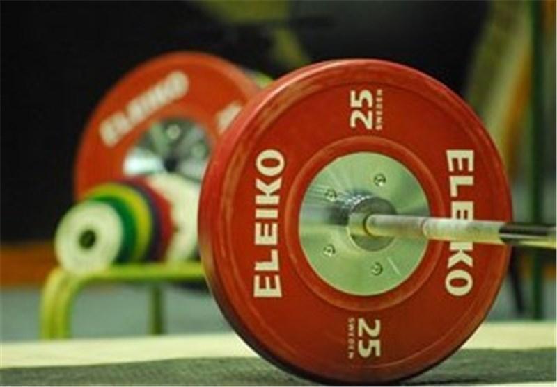 نایب قهرمان وزنه برداری دنیا به رفسنجان بازگشت