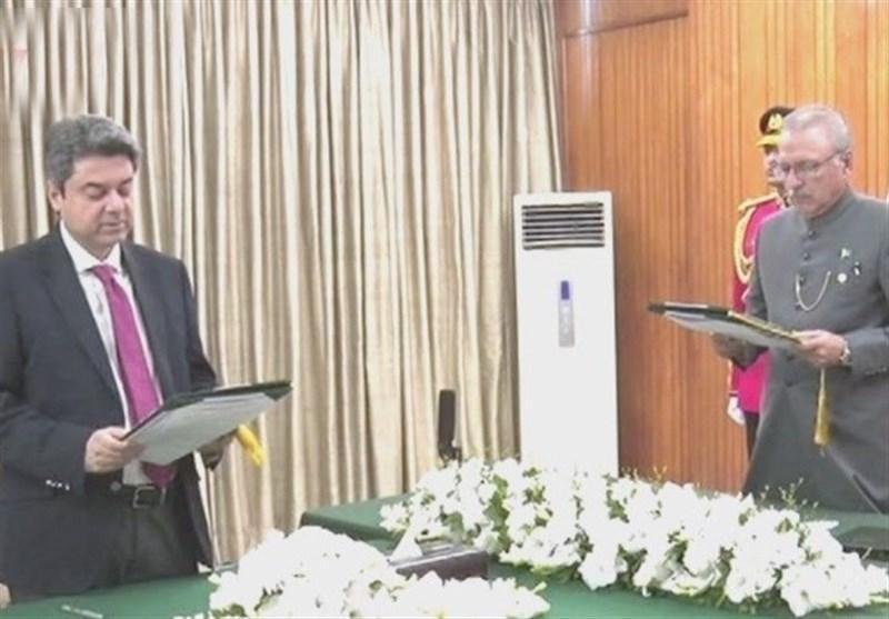 وزیر قانون مستعفی پاکستان باز هم به سمت خود منصوب شد