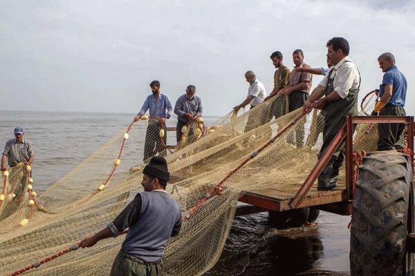 صیادان گیلانی با تورهای خالی از ماهی