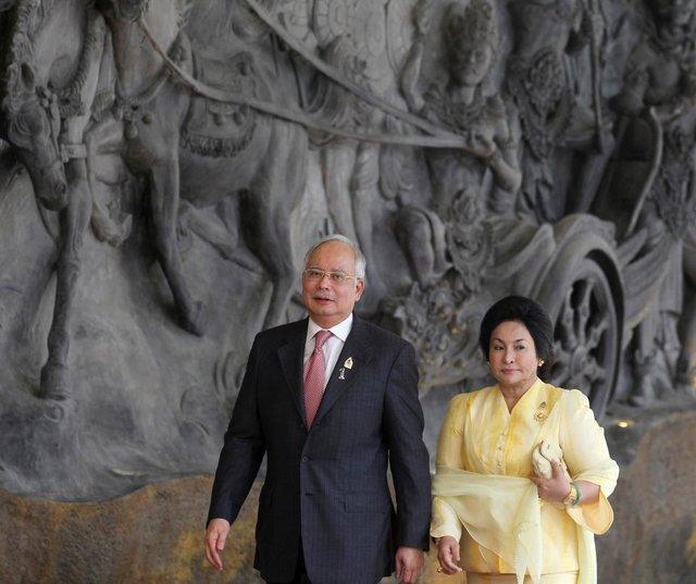 اداره مهاجرت مالزی: نجیب رزاق و همسرش اجازه ترک کشور را ندارند