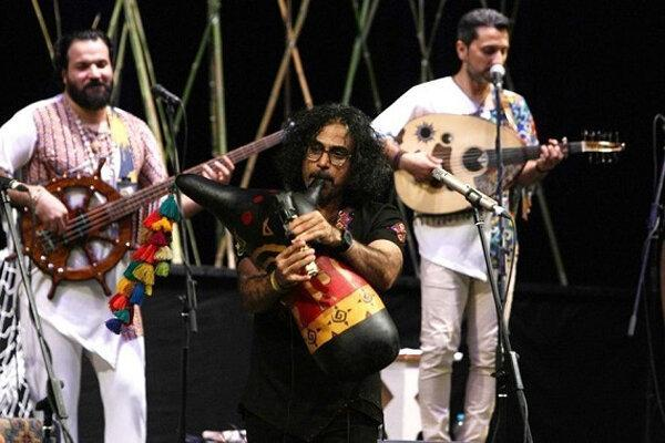 گروه لیان بوشهر در تالار وحدت کنسرت برگزار می نماید