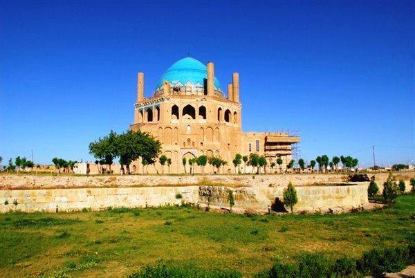 حال بناهای تاریخی زنجان خوب است