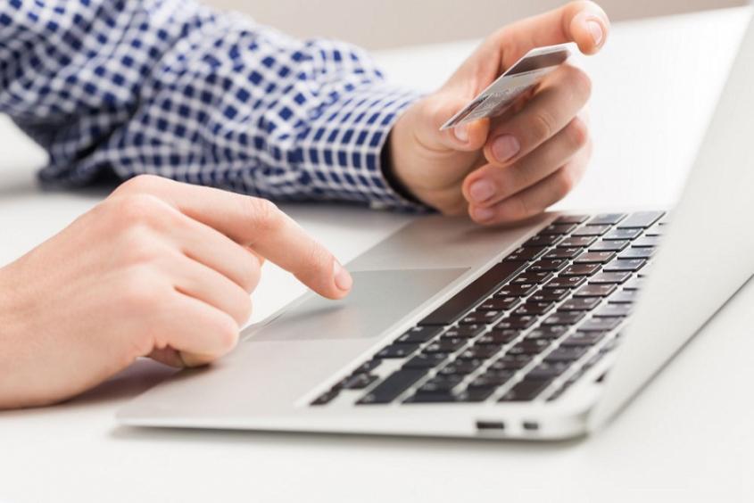 سودجویی بعضی بانک ها از شرایط کرونایی ، بانکداری الکترونیکی پیش احتیاج طرح فاصله گذاری هوشمند