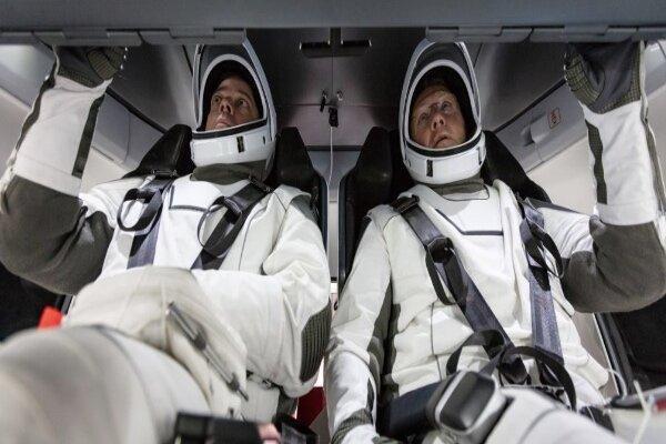 اسپیس ایکس فضانوردان را به ایستگاه فضایی بین المللی می برد