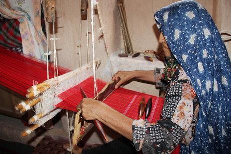 صدور مجوز در رشته های مختلف صنایع دستی اسفراین