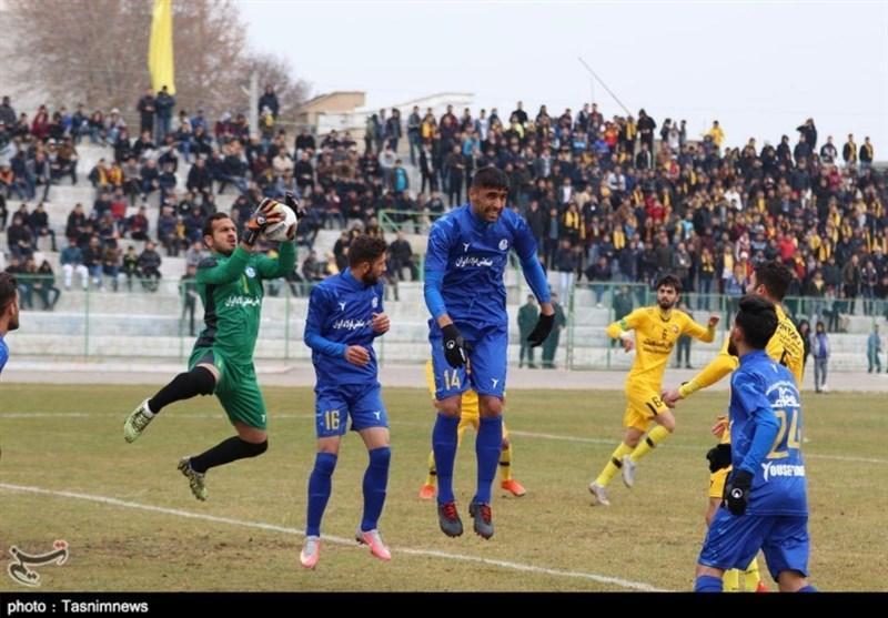 5 کرونایی استقلال خوزستان همچنان در قرنطینه، دیدار محبت آمیز آبی پوشان با شاگردان نکونام