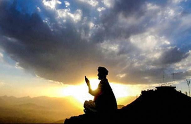 نگاه ابراهیم خَوّاص به توکل و دوری از تعلقات دنیوی