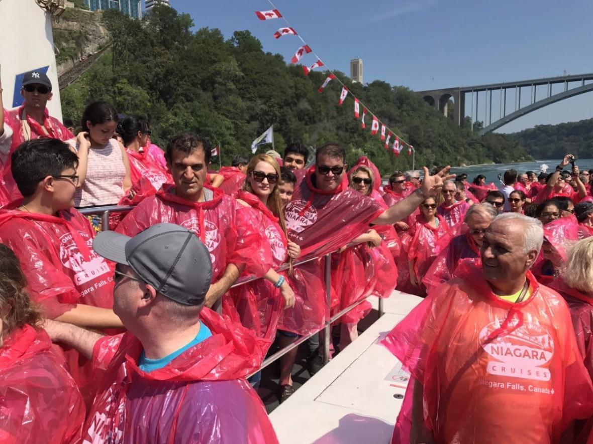 مقاله: در آبشار نیاگارا چه تقریحاتی انتظارمان را می کشد؟