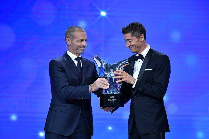 بهترین های سال اروپا معرفی شدند؛ روبرت لواندوفسکی بهترین بازیکن، هانسی فلیک بهترین سرمربی