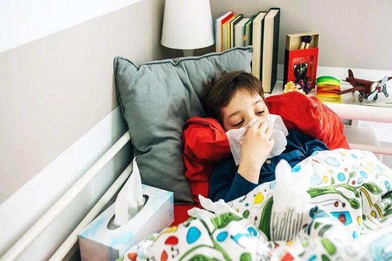 درمان آنفولانزای بچه ها در خانه