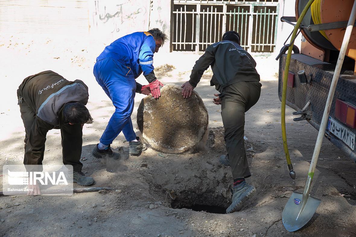 خبرنگاران 80 درصد از شبکه آب های سطحی آبادان لایروبی شد