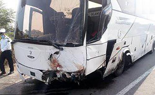 تصادف دو اتوبوس در بلوار امامت مشهد، 16 نفر مصدوم شدند
