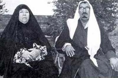 عکسی کمتر دیده شده از پدر و مادر صدام